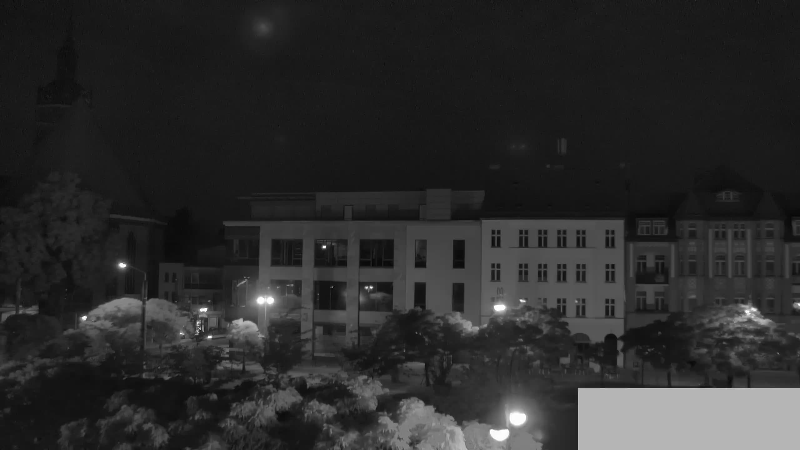 Webcam Neustädticher Markt in Brandenburg an der Havel mit Blick zur St. Katharinenkirche und Neustadt Markt